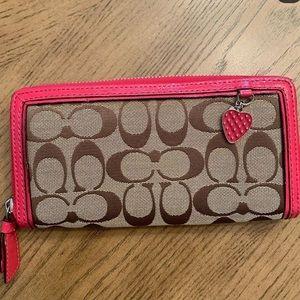 BRAND NEW Coach monogram wallet